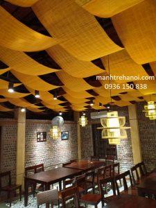 Mành trúc trang trí trần nhà hàng