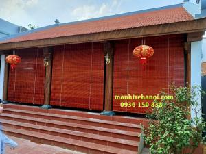 Mành tre trúc che nắng hiên nhà thờ ba gian tại Bình Đà Hà Nội